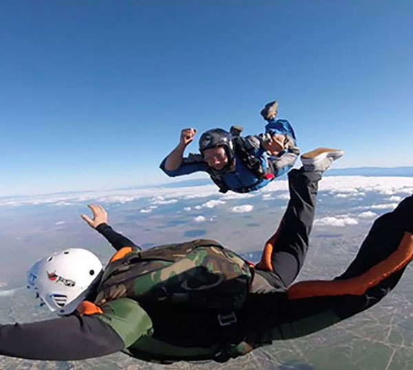 Accelerated Freefall | Solo Skydiving Lessons at Skydive Taft